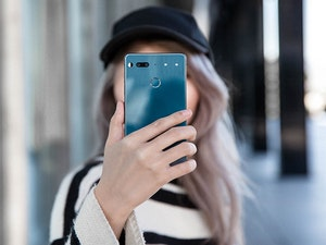 Limited edition essential smartphone giveaway 1