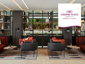 191128 v01 crowneplaza opening diverse formate560x420 02 hh logo