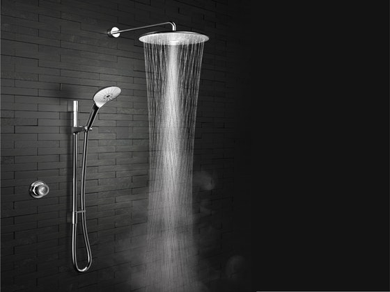 SHARE YOUR CLEAR OUT TIPS AND WIN A SMART SHOWER sweepstakes