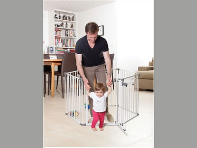 Win a Dreambaby Childproofing Bundle sweepstakes