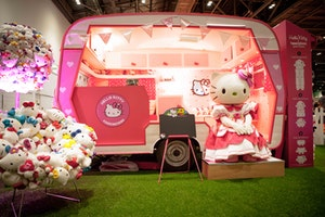 Hello kitty kindness garden3